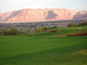 golf course in st george utah with a view